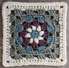 Lily Pad granny square pattern More