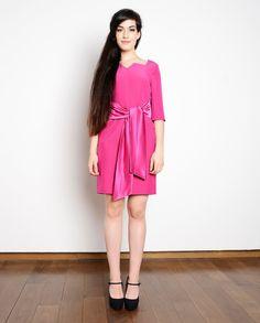 SAMPLE SALE Size M Fuchsia pin up 50s 60s dress secretary