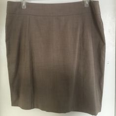 Beige New Your and Company skirt--NWT!! Beige skirt--size 18, A-line. New with tags! New York & Company Skirts A-Line or Full