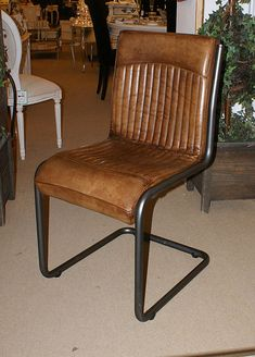 Italian Vintage Leather Classic Style Dining Chair