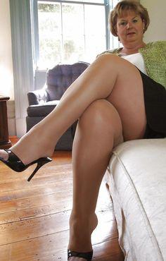 Ladies strict spanking Amelia Jane