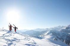 Wagrain ist ein Familienparadies. Skifahren, Skiurlaub, Winterurlaub in den Alpen. Familienfreundliche Hotels, Mount Everest, Mountains, Nature, Travel, Ski Trips, Winter Vacations, Ski, Family Activity Holidays