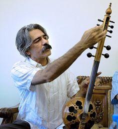 Ostad Kayhan Kalhor playing Shah Kaman