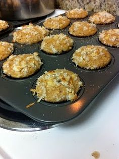 healthy banana peanut butter muffins!!