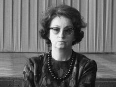 Jeśli ktoś myśli, że lekkie książki dla kobiet to dzisiejszy wynalazek komercyjnej literatury popularnej, jest w błędzie. Pierwsze nazwisko to Krystyna Nepomucka, pisarka uważana za prekursorkę litera... Literatura
