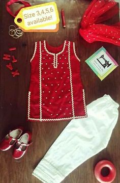 Stylish Dresses For Girls, Cute Outfits For Kids, Little Girl Dresses, Girls Dresses, Baby Frocks Designs, Kids Frocks Design, Baby Girl Frock Design, Kids Dress Collection, Kids Dress Wear