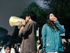 SEALDs、車道最前、ステージ前、それからその間の3点でコール中!! #本当に止める pic.twitter.com/mHWAjbDKmj