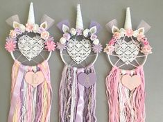 Make your little girls dreams come true, whilst catching the bad ones, with this one of a kind Unicorn Dream Catcher. Fill their room with love with this heart centered piece whilst making it that touch more personal with an initial of your choice. Measurements: 6inch hoop/25-30cm
