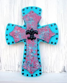 PlumbPretty: Hand painted wooden cross