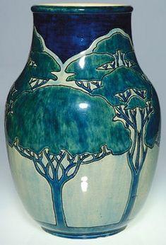 Newcomb College Art Pottery | Internet Antique Gazette