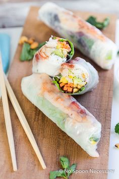 Lobster, Mango, Avocado & Cashew Spring Rolls {with Soy-Sriracha Asian Dipping Sauce}