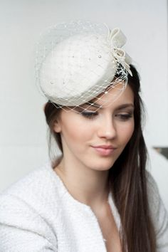 Bridal Wool Pillbox with Bow and Veil bridal by BeChicAccessories