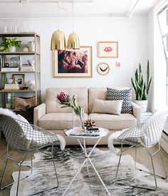 Apartment 34′s Erin Hiemstra shares decorating tips and storage solutions from her recent home-office makeover to help you totally trick out your work space.