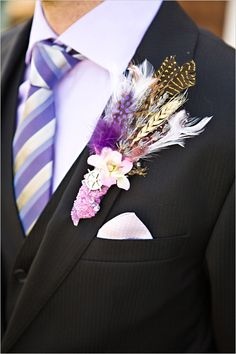 love the homemade boutonniere - made of lavender, wheat, feathers and buttons