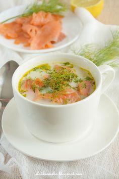 Zupa z wędzonym łososiem, wędzoną rybą  http://slodkieniebo.blogspot.com/2016/05/zupa-jarzynowa-z-wedzonym-ososiem.html