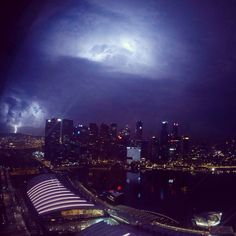 Storm in Singapour