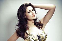 Nargis Fakhri signs 'Housefull 3'?