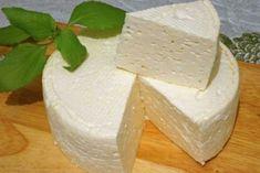 Domashnij-frantsuzskij-syr-500x334 Russian Desserts, Russian Recipes, Cheese Recipes, Cooking Recipes, Most Delicious Recipe, No Cook Meals, Feta, Bakery, Dessert Recipes