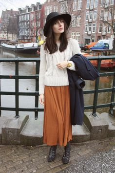 Bershka Sweater, Monki Maxidress, United Colors Of Benetton Coat, Vintage Hat, Graceland Shoes