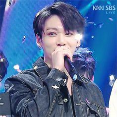 JK [180610] SBS Inkigayo 🎶 #BTS #FakeLove12thWin