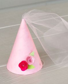 The Princess Party - Custom Party Hat from Mary Had a Little Party Princess Hat, Princess Crafts, Princess Tea Party, Princess Birthday, Girl Birthday, Birthday Parties, Princess Sophia, Birthday Ideas, Festa Party