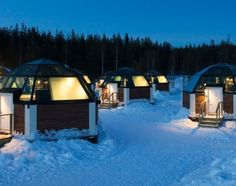 Discover Northern Lights in our unique accommodation: Arctic Glass Igloos in Rovaniemi in Lapland Finland