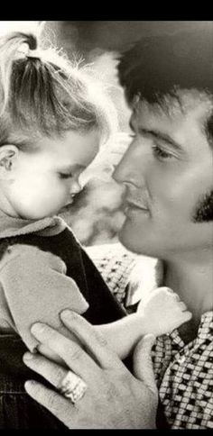 Elvis Presley Biography, Elvis Presley Young, Elvis Presley Priscilla, Elvis Presley Pictures, Graceland Elvis, Elvis Presley Family, Lisa Marie Presley, Elvis And Me, American Legend