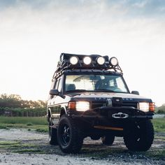 Overland Empire 1999 Land Rover Discovery Series 1