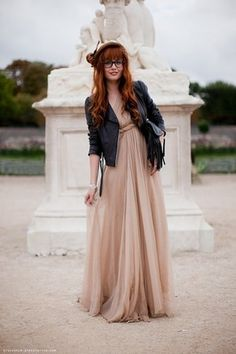 @Cari Anania Davis this is how im going to style my bridesmaids dress next time I wear it :)