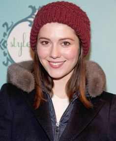 Mary Elizabeth Winstead, Scott Pilgrim, Bobby, Mom And Dad, Knitted Hats, Winter Hats, Dads, Beanie, Actresses