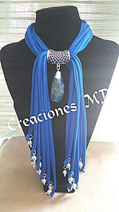 Collar color azul turquesa y plata. Scarf Necklace, Fabric Necklace, Scarf Jewelry, Textile Jewelry, Fabric Jewelry, Diy Necklace, Beaded Jewelry, Jewellery, Necklaces