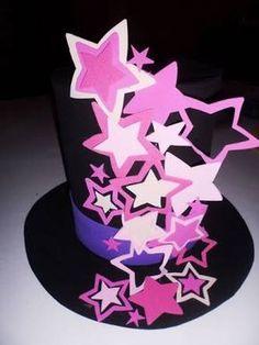 sombreros locos para fiestas - Buscar con Google Foam Crafts, Diy And Crafts, Crafts For Kids, Arts And Crafts, Crazy Hat Day, Crazy Hats, Silly Hats, Funny Hats, Mad Hatter Hats