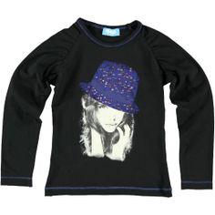 O'Chill shirt zwart en de hoed op de print zit vol strass steentjes!
