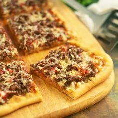 Découvrez la recette Pizza bolognaise sur cuisineactuelle.fr.