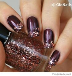 AMAZING fall and winter nail art, so festive and pretty!