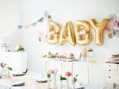 Looking for trendy baby shower decoration ideas? Whether you're throwing a baby shower for a friend or looking for inspired ideas for your own, these 8 trendy ideas are sure to give birth to a baby shower that's everything you dreamed it would be! Décoration Baby Shower, Fiesta Baby Shower, Baby Shower Parties, Baby Shower Themes, Baby Showers, Bridal Showers, Shower Ideas, Gold Letter Balloons, Mylar Balloons