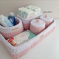 Crochet Bag Tutorials, Crochet Purse Patterns, Crochet Basket Pattern, Knit Basket, Crochet Purses, Crochet Motif, Crochet Projects, Knit Crochet, Free Crochet Bag