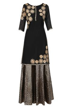 Amrita Thakur presents Black tissue brocade work short kurta and sharara pants set available only at Pernia's Pop Up Shop. Anarkali Suits, Sharara Suit, Simple Kurti Designs, Designer Punjabi Suits, Work Shorts, Western Dresses, Elegant Outfit, Casual Dresses, Maxi Dresses
