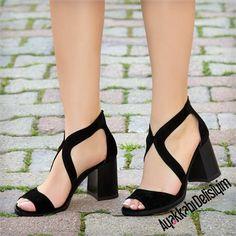 Şaron Süet Siyah Kalın Topuklu Ayakkabı #black #shoes
