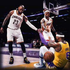 LeBron James goes back to Lebron James Family, Kobe Bryant Lebron James, King Lebron James, Lebron James Lakers, King James, Nba Pictures, Basketball Pictures, Lebron James Wallpapers, Nba League