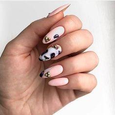 Look for Matte Nails — Cute Matte Nail Designs Cute Almond Nails, Almond Nail Art, Nail Art Designs, Nail Polish Designs, Matte Nails, Acrylic Nails, Panda Nail Art, Beautiful Nail Designs, Gorgeous Nails