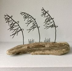 3 Windswept wire trees on driftwood. Wire Trees, Driftwood Art, Wire Art, Wire Wrapping, Moose Art, Recycling, Shapes, Etsy, Upcycle