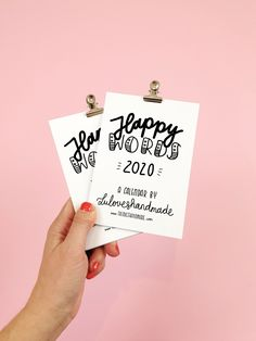 Happy Words - Free Handlettering Calendar Printable 2020    #freecalendar #calendarprintable #calendarfreebie #handletteringcalendar #handlettering #luloveshandmade Free Calendar, Calendar Printable, Calendar Pages, Calendar 2020, Word Free, Business Planner, Happy Words, Do You Remember, Pen And Paper