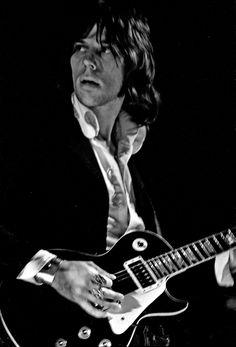 Jeff Beck, another attractive guitarist Friedrich Nietzsche, Jeff Beck, New Wave, Rock Roll, Music Love, Rock Music, Grunge, The Yardbirds, Best Guitarist