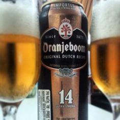A Oranjeboom Ultra Strong é umacervejaimportada da Holanda, de coloração dourada escura. Estacerveja combina o adocicado do malte com uma delicada nota frutada, oferecendo ainda um toque levemente apimentado na língua e um aquecimento final, graças à notável presença de álcool.  Cervejaria: United Dutch Breweries  País de Origem: Holanda  Grupo da Cerveja:  Specialty Beer  Graduação Alcoólica: 14%  Temperatura ideal para consumo: de 5 a 7 °  Copo ideal:  Pokal