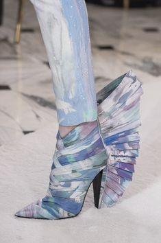 Balmain Paris at Couture Spring 2019 - Details Runway Photos Balmain Shoes, Balmain Paris, High Heel Boots, Heeled Boots, Shoe Boots, Ankle Boots, Pierre Balmain, Crazy Shoes, Me Too Shoes
