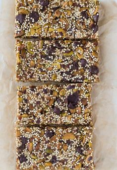Quinoa Bars with Pistachios and Chocolate Chips #chocolate #pistachio #quinoa #bars #snack