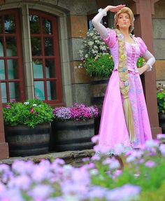 Rapunzel Rapunzel Cosplay, Disney Cosplay, Disney Costumes, Halloween Costumes, Walt Disney World, Disney Pixar, Disney Rapunzel, Disney Princesses, Disney Trips