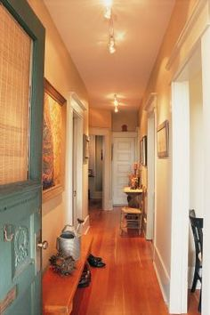 How To Decorate With Colors To Brighten A Hallway