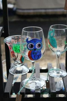Owl wine glass Hand painted and dishwasher safe. www.facebook.com/illym.creating